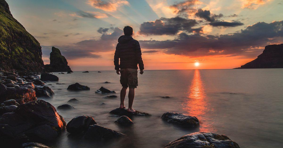 O Contraste: Entre o fariseu e o publicano