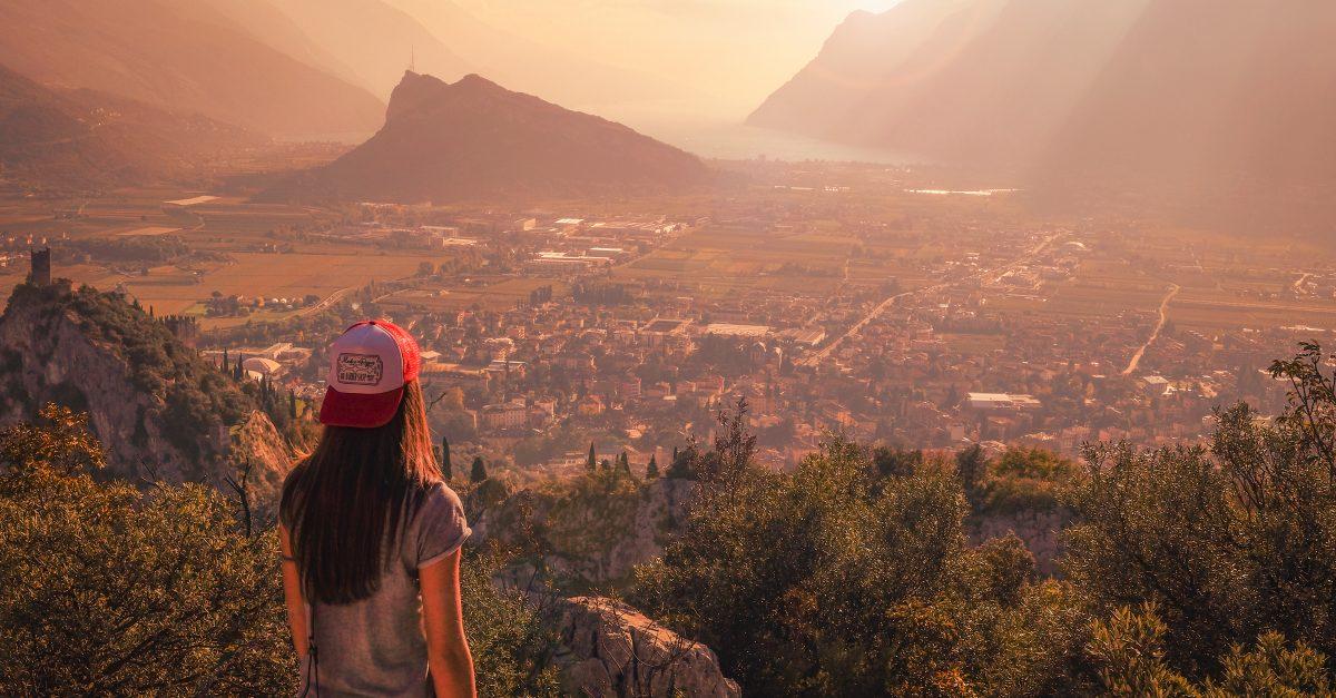 Descobrindo Provérbios: Uma geração que falará para sempre