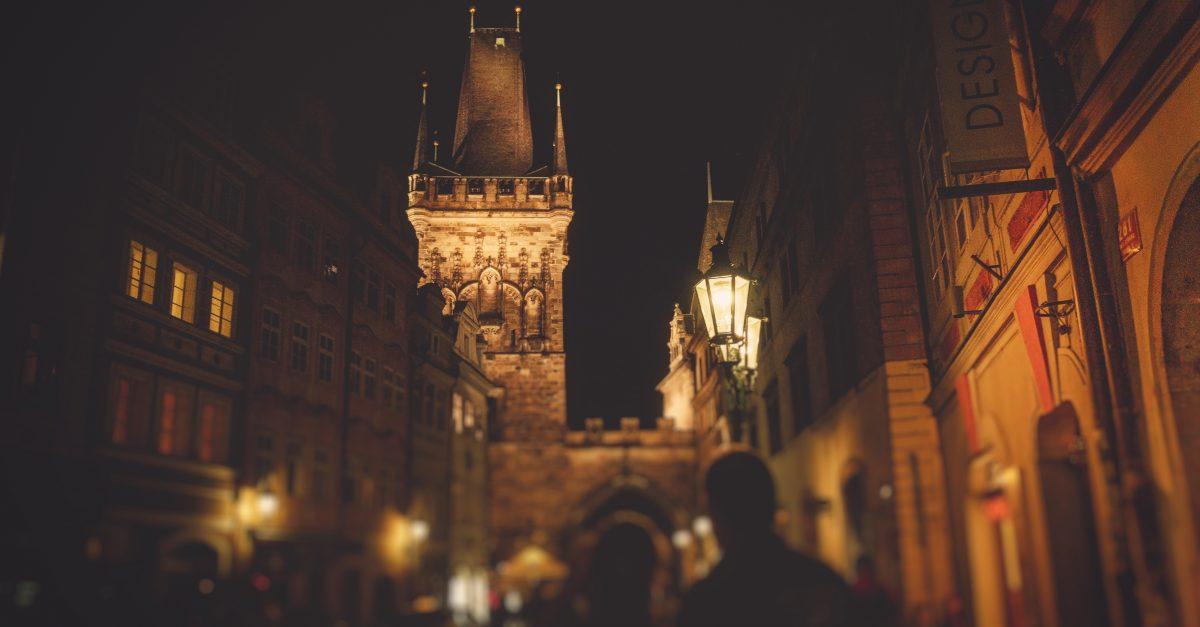 Descobrindo Provérbios: Torre Forte é o Senhor