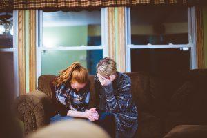 Vida de Oração: Como orar por enfermos?