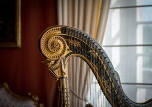 harpa e taça