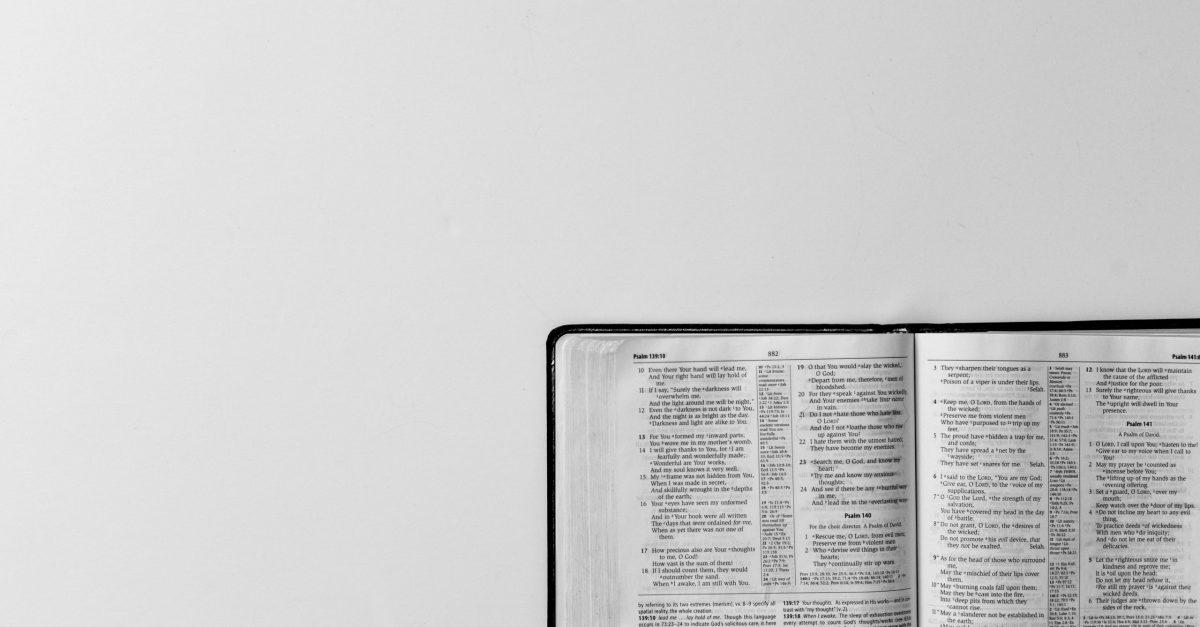 Por que cantamos as parábolas?