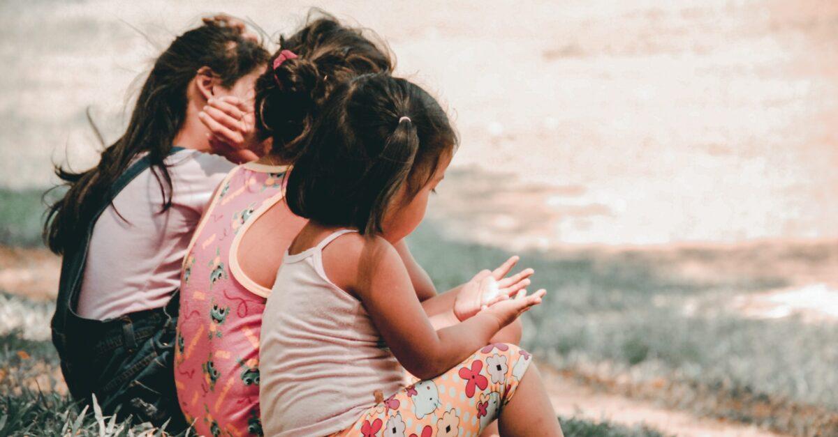 Como orar por órfãos
