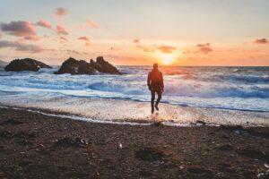 Ter fé é caminhar com Deus